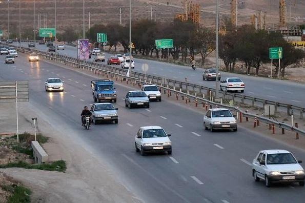 زنگ خطر افزایش شیوع کرونا با سفر/افزایش ۴۰ درصدی تردد ها در جاده های استان