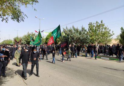 پیاده روی اربعین با شرکت مردم دارالمومنین استان همدان
